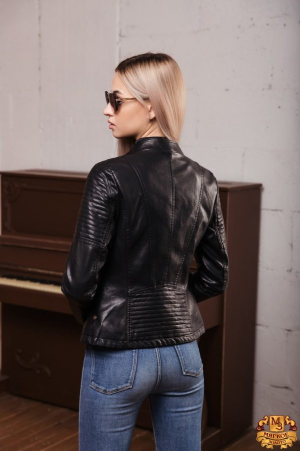 Куртка женская из эко-кожи 7751