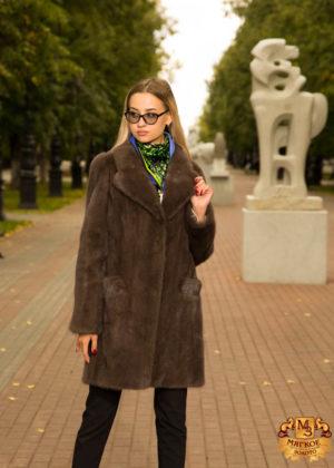 Шуба из меха норки Английское пальто